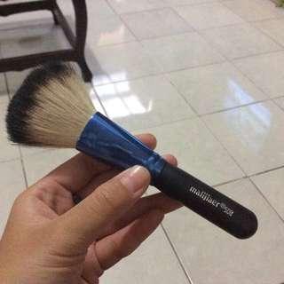 PRELOVED-Brush