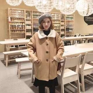 超可愛日系文青雜誌款古著羔羊毛領口袋口袋大衣外套 駝色/灰藍 貓咪曬月亮 山東 fashionforyes