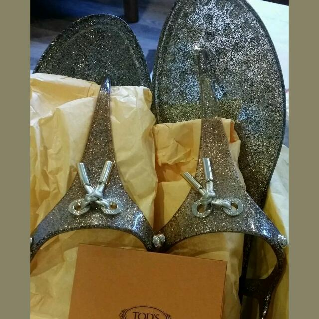100% Authentic Tods Jelly Sandals