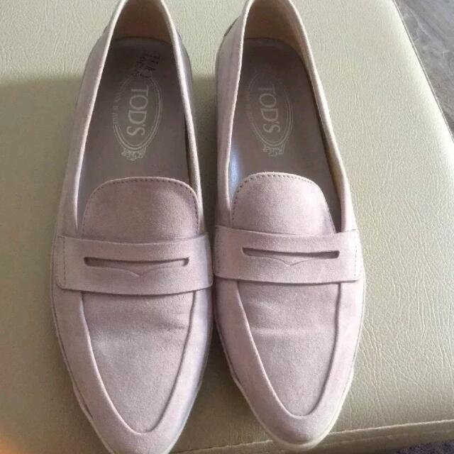 100% Authentic Tods Loafers Size 38