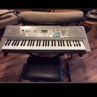 Casio LK300tv Teaching Keyboard. Full size illuminated keys teaches you to play!