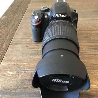 Nikon D3200 (Negotiable)