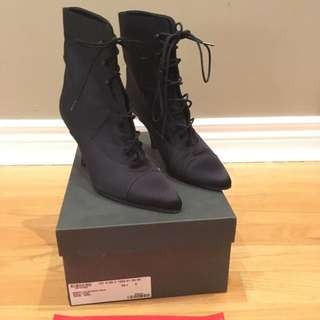 Gucci Heeled Boots