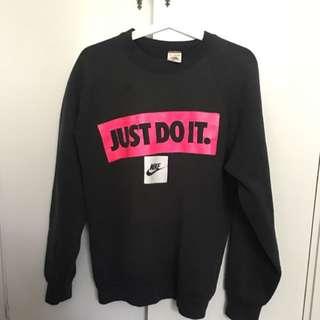 Vintage Fruit Of The Loom Nike Sweater
