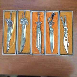 Final Fantasy mini Swords