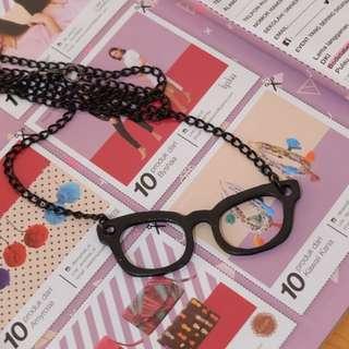 Kalung kacamata Frameless (Black)