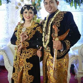 Traditional Indonesian Bridal Gown