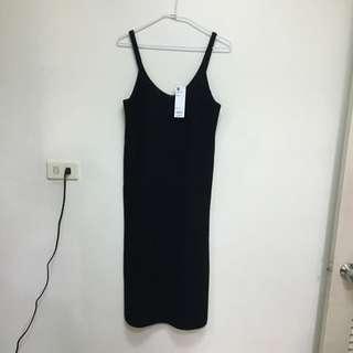 GU 全新 細肩帶針織連身裙