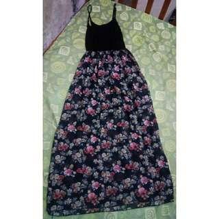 Preloved Floral Maxi Dress