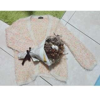 超柔軟毛海針織外套