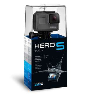 [NEW] GoPro Hero 5 Black + Camera Case + Lens Cap + Screen Protector