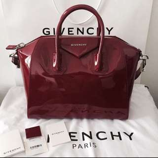 *Sales* $1800 [New, With Receipt Full Set] Authentic Medium Givenchy Antigona in Patent Leather