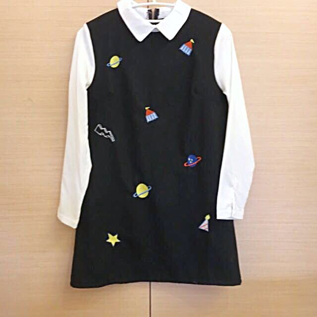 降⇩刺繡外太空星球襯衫洋裝