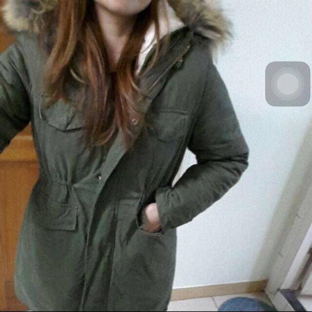 全新毛毛內裡軍綠外套