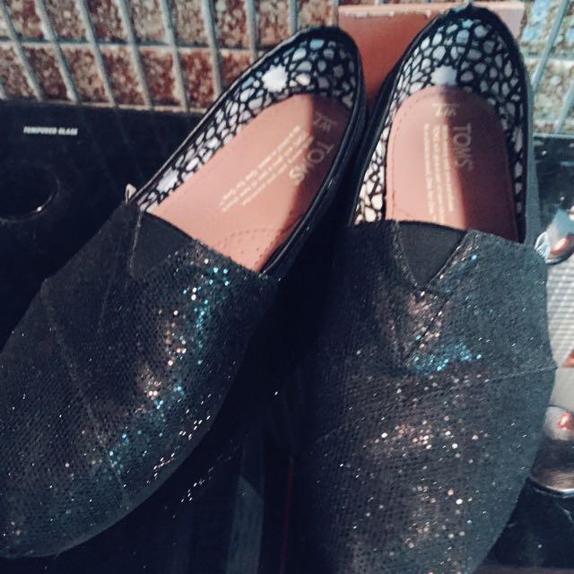 ❤️ TOMS 黑色亮片氣質包鞋