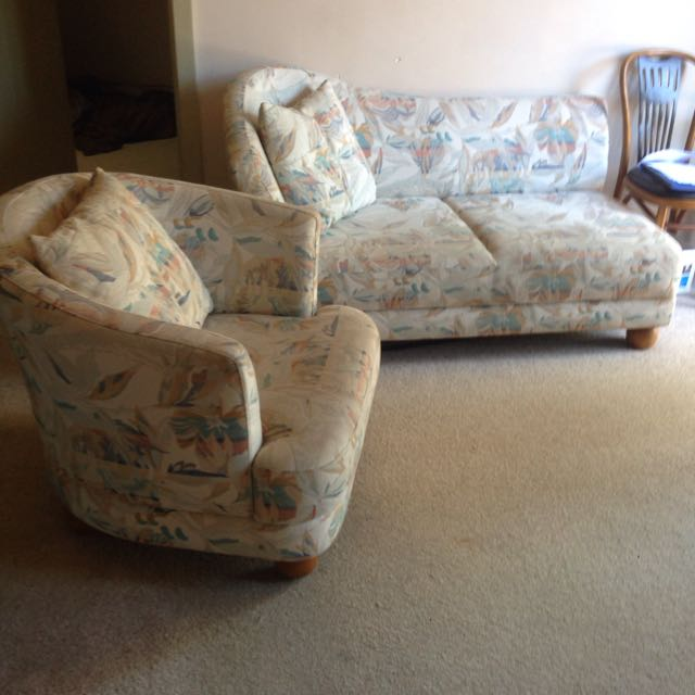 Arm Chair & Matching Lounge