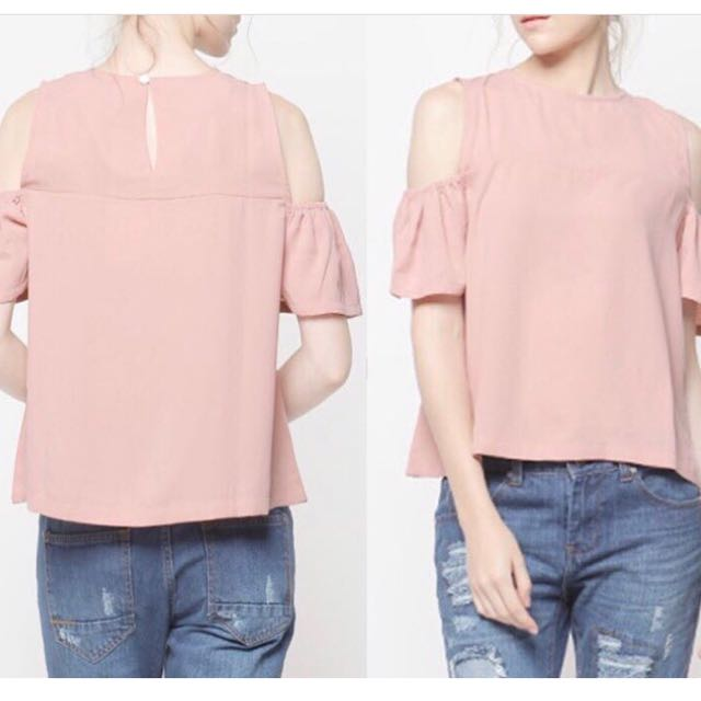 Cold shoulder top (eur brand)