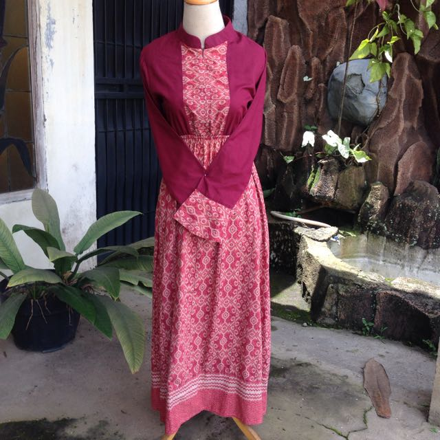 Dress Batik Warna Merah Maroon