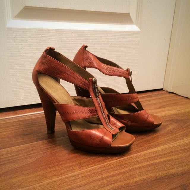 Jessica Simpson Heels - Size 7.5 Or 8