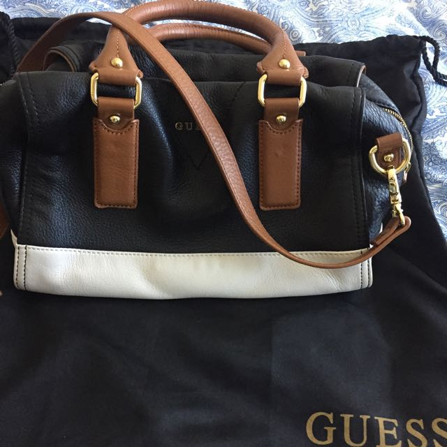 LEATHER AUTHENTIC GUESS HANDBAG