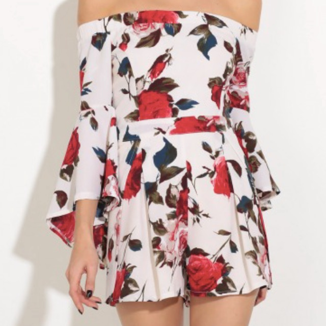 LUCY IN THE SKY Floral Playsuit