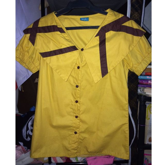 NEVER WORN BLOUSE (YELLOW)