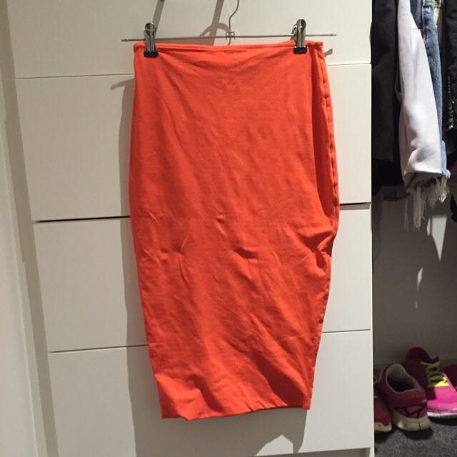 8167f7850f Orange Kookai Midi Skirt, Women's Fashion, Clothes on Carousell