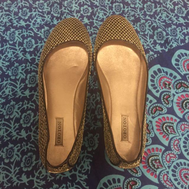 OROTON Flat Shoes