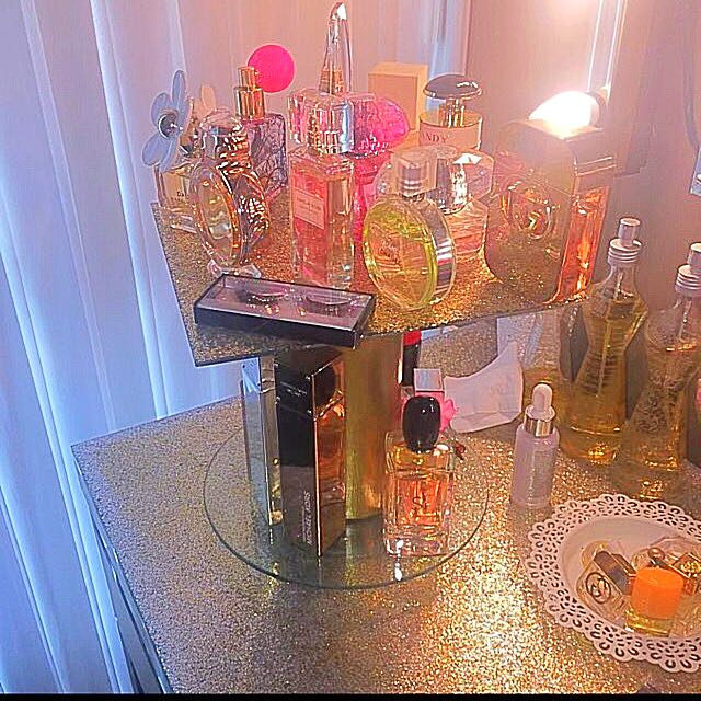 Perfect Holiday 🌟✨gift Perfume HOLDER