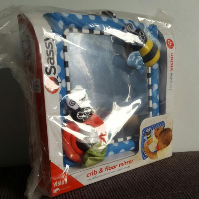 Sassy Crib & Floor Mirror, Toys & Games, Bricks & Figurines on Carousell