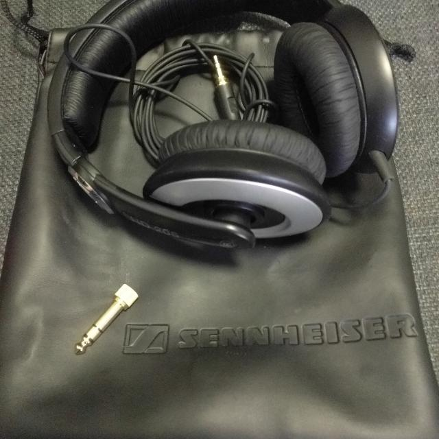 Sennheiser HD 205 Studio Monitor DJ Headphones w/ Swivel Ear Cup