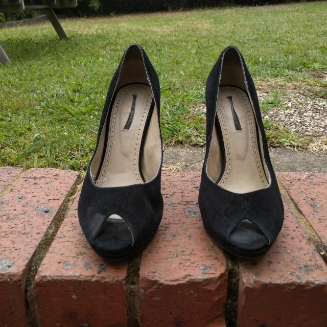 Tony Bianco Black Peep Toe Heels - size 7