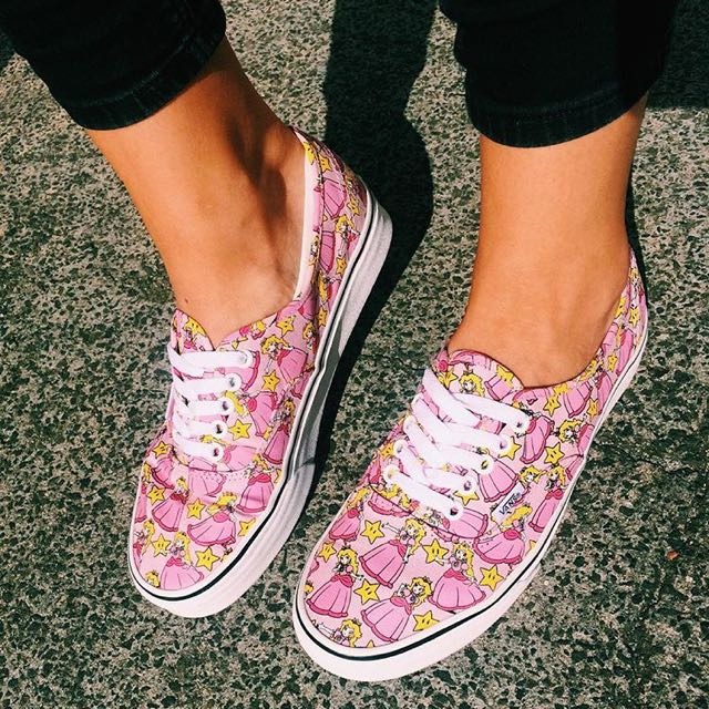 Vans Authentic Princess Peach