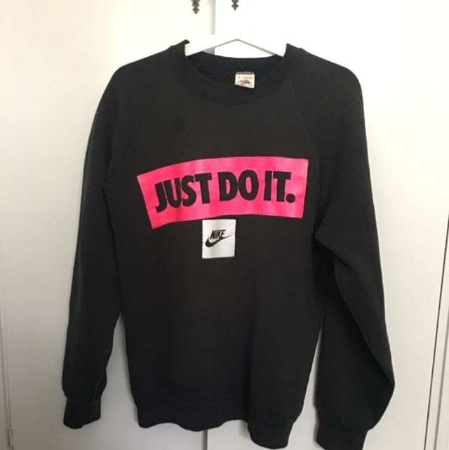 Vintage Fruit Of The Loom Nike Sweater