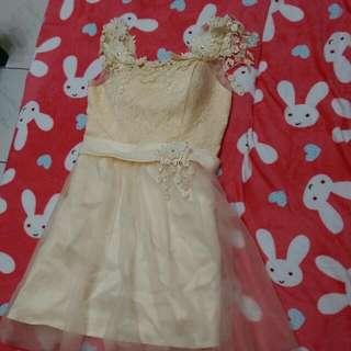 夢幻蕾絲花朵小禮服