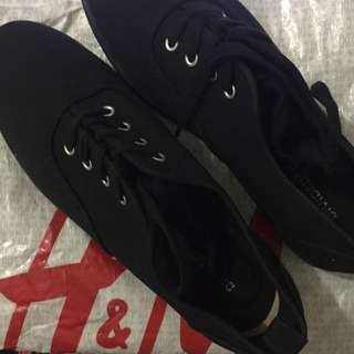 H&M Creepers