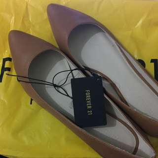 Forever 21 Pointed-Toe Flats