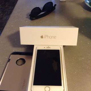 MAKE AN OFFER - UNLOCKED - iPhone 6 -16 GB