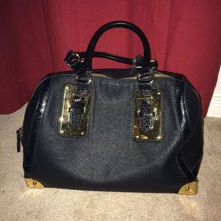 ALDO Black & Gold Hand Bag