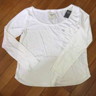 BNWT Abercrombie & Fitch - White L/S Top