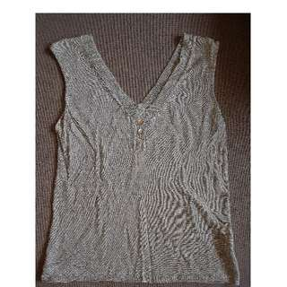 Sleeveless Top (worned)