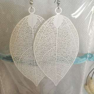 Gorgeous White Leave Drop Earrings