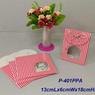 350lbs Cardboard paper 粉紅線條禮物袋x4pcs