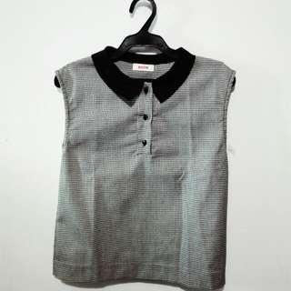 Bench Sleeveless Black & White Blouse W/ Collar