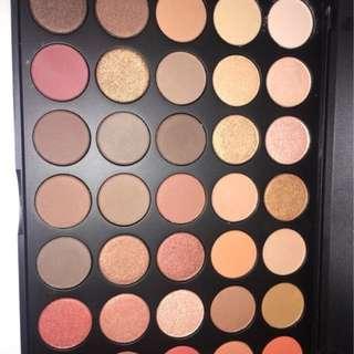 Eyeshadow Palette ( MORPHE)
