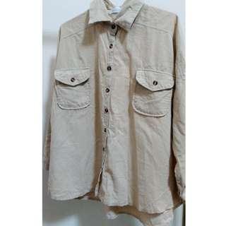 東京著衣 純色口袋寬鬆燈芯絨襯衫 長袖襯衫 復古 卡其色
