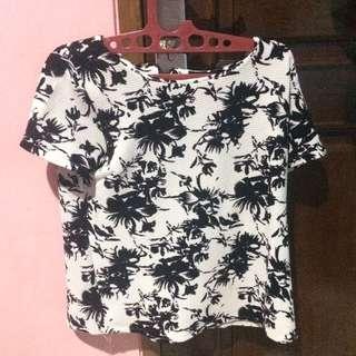 Black n White Clothes
