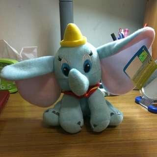 正版disney Dumbo小飛象公仔