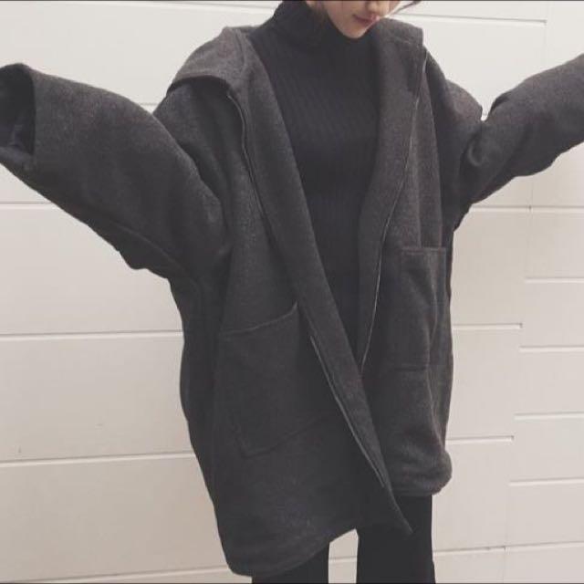 保留中 ✨全新✨連帽大衣外套