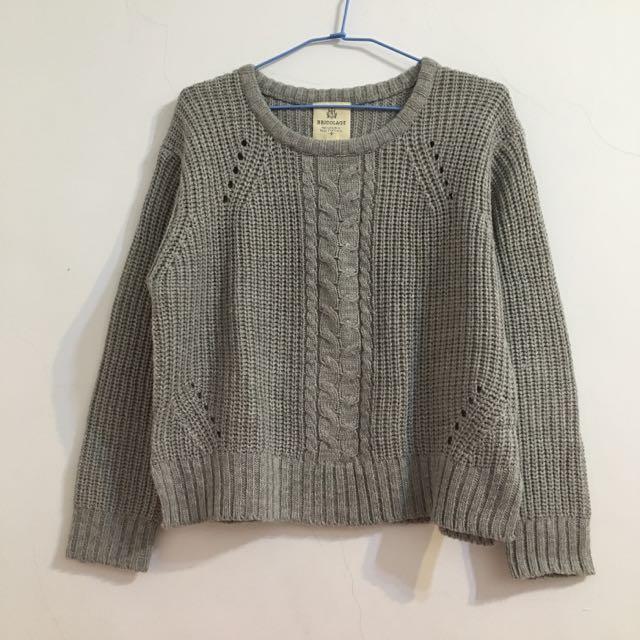 灰色寬鬆麻花針織上衣毛衣